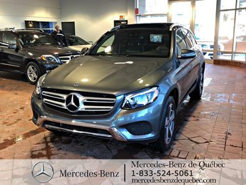 2018 Mercedes-Benz GLC-Class GLC300 4MATIC, toit pano, navi, caméra