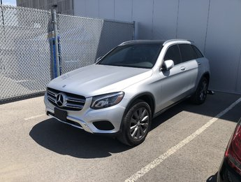 2016 Mercedes-Benz GLC-Class 2016 Mercedes-Benz GLC - 4MATIC GLC 300