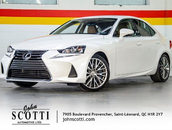 2017 Lexus IS 300 AWD Premium