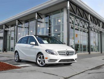 2014 Mercedes-Benz B250 Panoroof Heated seats Thermotronic Bi-Xenon