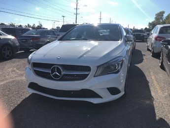 2014 Mercedes-Benz CLA250 4MATIC, Panoramic sunroof, Rear view camera