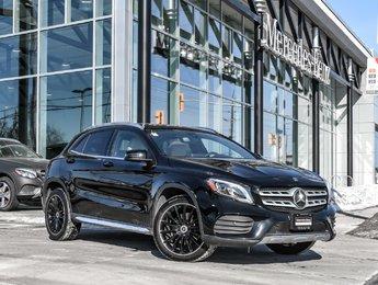 2018 Mercedes-Benz GLA250 Sport pkg, Panoramic sunroof, Apple carplay