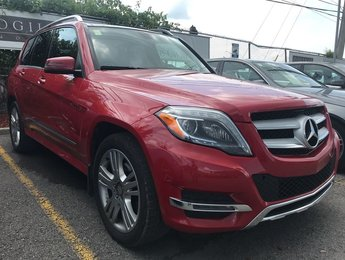 2015 Mercedes-Benz GLK250 4Matic Back Up Cam Blind spot Panroof Navi