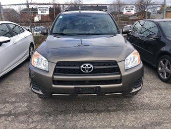 2010 Toyota RAV4 Fabric seats, 95000 KMS, Heated seats