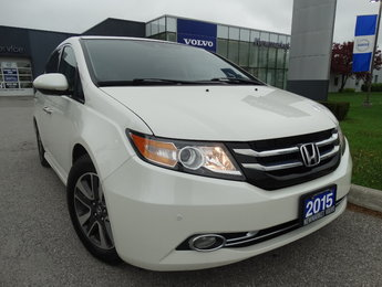 Honda Odyssey Touring   Low KM   Clean CarFaxx   1 Owner 2015