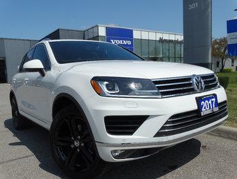 Volkswagen Touareg 2017 Volkswagen Touareg - AWD 4dr Wolfsburg Editio 2017