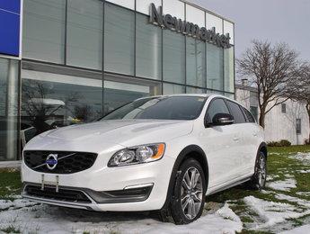 2015 Volvo V60 Cross Country ***SOLD***