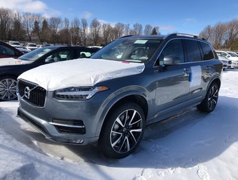 2019 Volvo XC90 T6 Momentum   Model Year Clear Out!