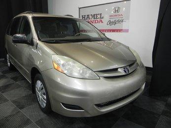 Toyota Sienna CE 2006