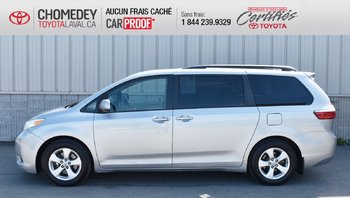 Toyota Sienna LE, 8 PASSAGERS 2015