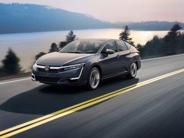 2018 Honda Clarity: The Future of Plug-In Hybrids