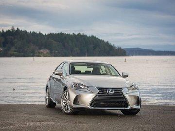 2018 Lexus IS: Designed to drive