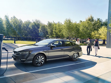The 2018 Honda Clarity Sets a New Benchmark in Orleans, Ontario
