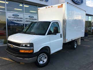 Chevrolet Express Commercial Cutaway EXPRESS 3500 CUBE 12 PIEDS IMPECCABLE 2016