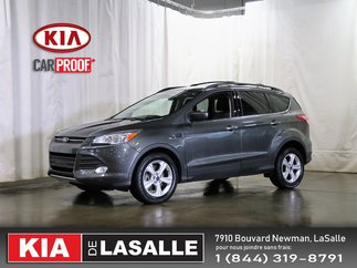 Ford Escape SE // Camera // AC // GPS // Bluetooth // 2016
