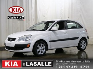 2009 Kia Rio5 EX // Bluetooth // AC // Sieges Chauffants ...