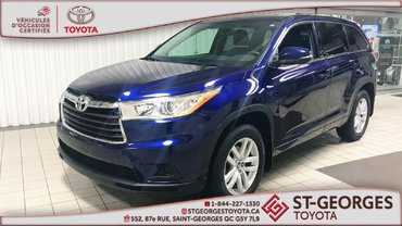 Toyota Highlander LE,AWD,8 PASSAGERS 2016