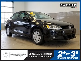 Volkswagen Jetta Sedan TRENDLINE + / Turbo Diesel 2.0L / Attache-remorque 2014