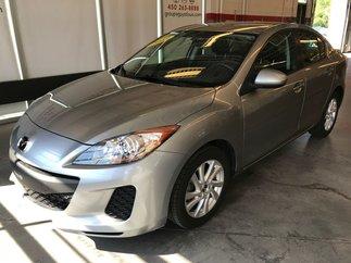 2013 Mazda Mazda3 GX Automatique et Climatiseur
