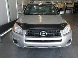 Toyota RAV4 Base 2010