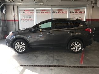 Toyota RAV4 Limited / Cuir / toit / Gps / chauffage aut 2015