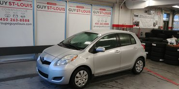 Toyota Yaris M/T door lock 2011