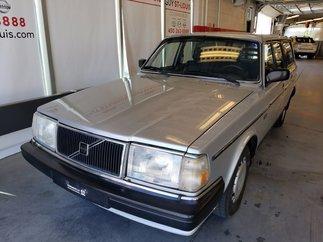 1986 Volvo 240 UN SEUL PRORIÉTAIRE