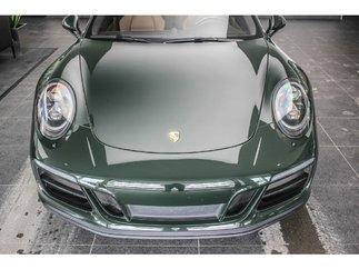 Porsche 911 Carrera GTS Brewster Green Manuel 2018