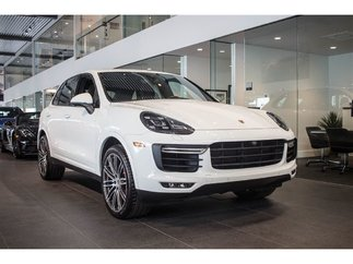 Porsche Cayenne Turbo ***DEMO*** 2017