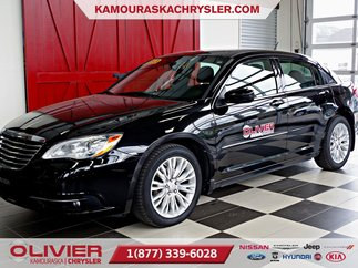 Chrysler 200 4dr Sdn Touring V6 3.6L MAGS, A/C 2013