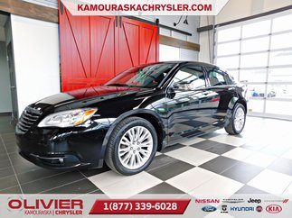 Chrysler 200 Limited, CUIR, BLUETOOTH, TOIT OUVRANT 2013