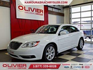 Chrysler 200 Touring 3.6L, CLIMATISATION,LECTEUR CD 2014