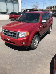 Ford Escape XLT; FWD; tel quel 2010