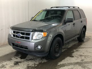 2012 Ford Escape XLT 2.5L AWD 4x4 AUTO BLUETHOOT MAGS