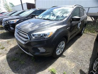 Ford Escape SE TOIT 2,0L ENS REMORQUAGE 2017