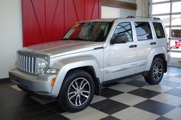 Jeep Liberty 4X4 ,CUIR, GPS, CD, TOIT OUVRANT 2011