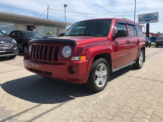 Jeep Patriot direction assiste volant reglable assistance de freinage  2010