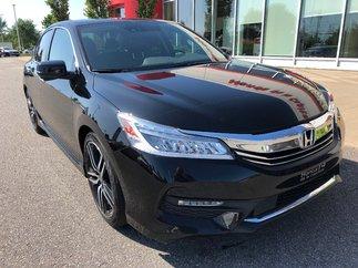 Honda Accord Sedan Touring 2017