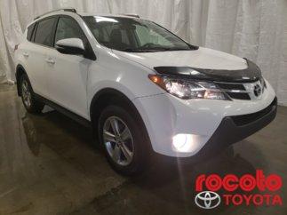 Toyota RAV4 * XLE * TOIT OUVRANT MAGS * 2015