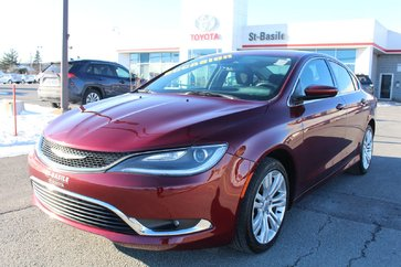 Chrysler 200 MAGS GPS BLUETOOTH CAMERA RECUL SIEGES CHAUFFANTS 2016