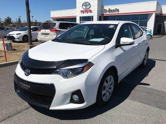 Toyota Corolla S MANUEL 6 VITESSES SIEGES CHAUFFANT PEA OCT. 2020 2015