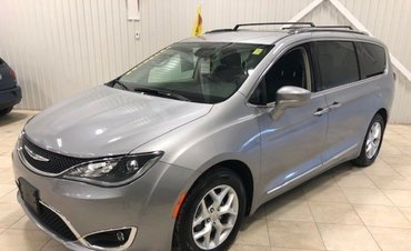 Chrysler Pacifica Touring-L Plus*CUIR*DVD*CAMÉRA*ANGLES MORT*8pass* 2018