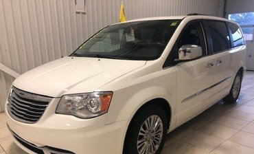 Chrysler Town & Country Limited*CUIR*TOIT*DVD*A/C 3ZONES*NAV* 2011