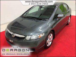 2010 Honda Civic Sedan SPORT MANUELLE 1.8L + AIR CLIMATISE + TOIT OUVRANT