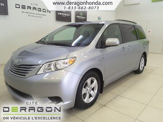Toyota Sienna LE+8 PASSAGERS+CAMERA+SIEGES CHAUFFANTS+A/C 2015