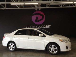 Toyota Corolla LE Toit ouvrant clef intelligent siège électrique 2013