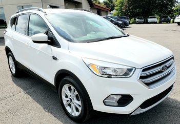 2017 Ford Escape SE  CAMÉRA  MAGS BLUETOOTH