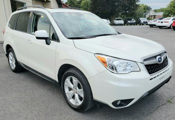 2015 Subaru Forester 2.5i touring  Toit ouvrant  Caméra