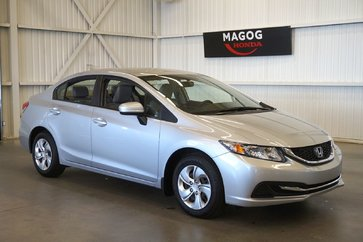 Honda Civic Berline LX Bluetooth, AC, USB, gr. électrique 2015
