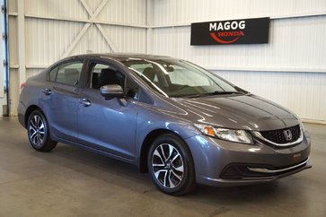 Honda Civic Berline EX toit ouvrant, bluetooth, prise usb 2015
